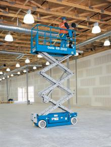 GS2032 1 scissor lift hire Hampshire