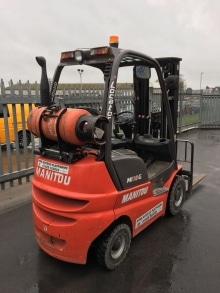 Manitou 4800mm Forklift hire Hampshire