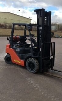 Toyota 6000mm Forklift hire Hampshire
